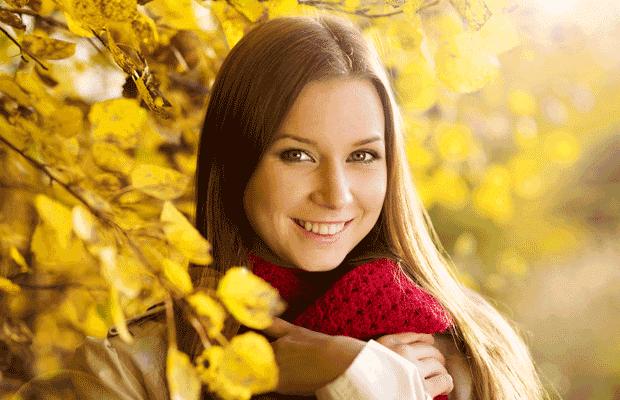 Γυναίκα το φθινόπωρο