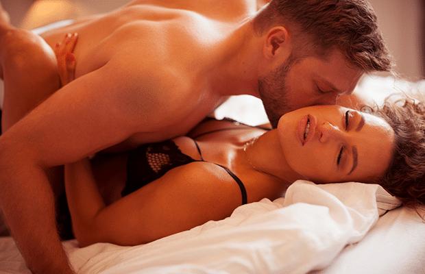 Άνδρας και Γυναίκα στο κρεβάτι